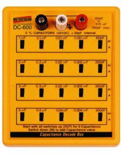 Década capacitiva mod. DC-600, faixa de medição de 100pF a 11,111μF